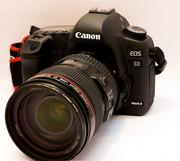 Canon EOS 5D Mark II,  Nikon D700 With 24-120mm VR Lens...Euro 1900